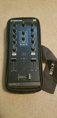 Native Instruments Traktor Kontrol Z1 & Gig Bag