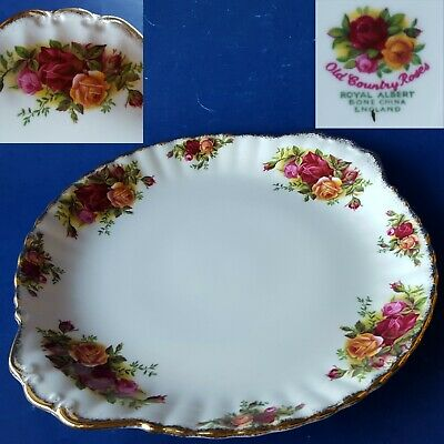"Vtg Royal Albert England OLD COUNTRY ROSES 10.5"" gold-handled cake plate. EUC!"