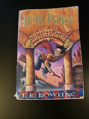 Harry Potter and the Sorcerer's Stone  (ExLib) by J. K. Rowling