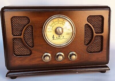 Retro Style Table Radio Wood Cabinet Circular Dial FM / Bluetooth / AUX / SD