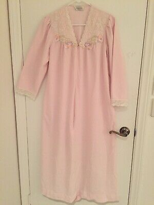 VTG 80's Vanity Fair Pink Robe Gown Flowers Lace Half Zip Long Sleeve USA Made