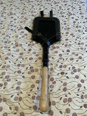Rare WW2 German Flat Shovel & Black Leather Shovel Carrier