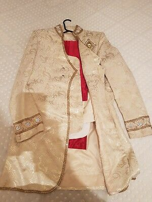 Mens Asian Indian Groom Wedding Outfit Sherwani Set | Sequence & Broche details