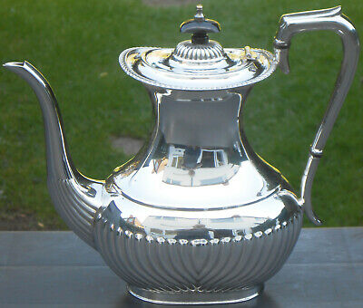 Good Queen Anne Silver Plated Coffee Pot - Lonsdale Plate - Vintage