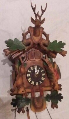 Vtg Black Forest German Hunting Cuckoo Clock Rustic Cabin Decor Mountain Chalet