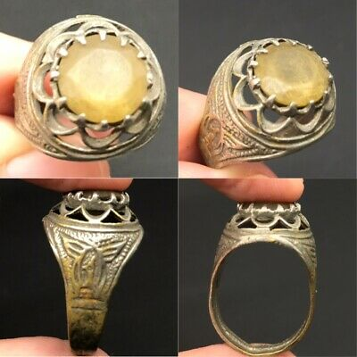 Extremely rare Roman ring with old honey color antique stone