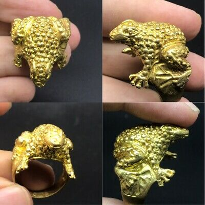 Beautiful gold plated nice  froge lovely ring