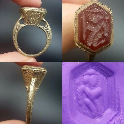 Old rare wonderful Old Agate Intaglio lovely ring