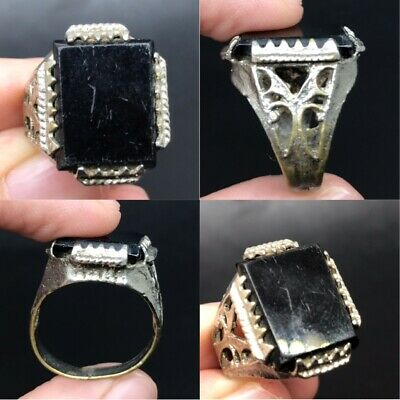 Wonderful black stone lovely bronze ring