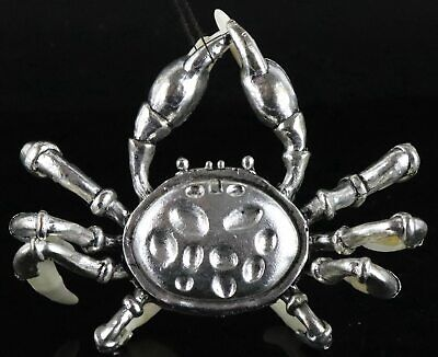 China Collect Old Tibet Silver Inlay Wolf Tooth Carved Strong Crab Noble Statue