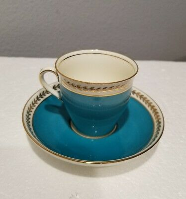Aynsley England Bone China Blue with Gold Leaf Tea Cup and Saucer Set
