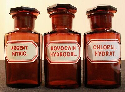 3 Apotheker Flaschen eckig pharmacy pharmacie bottle Argent. Novocain Chloral.