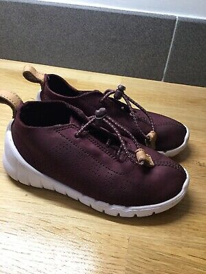 Girls/Boys Clark's Burgundy Leather Trainers. Size 8F. VG Condition