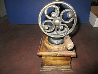 Mw: Antique Table Or Counter Top Coffee Grinder Mill - Cast Iron On Wood