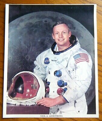 Neil Armstrong Autograph Official NASA Astronaut Photo Apollo 11