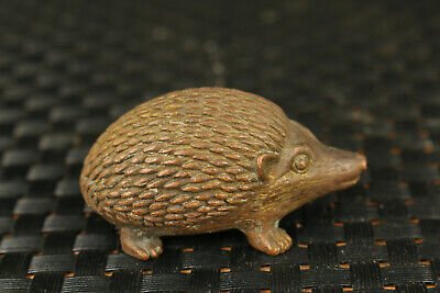 Rare Mini old bronze hedgehog statue figure tea pet table decoration