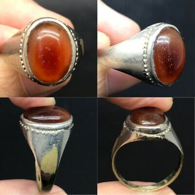 Beautiful antique ring with old agate stone