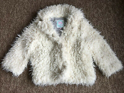 Girls Harvey & Jones Furry White Jacket Age 3-4years Great Condition Warm &soft