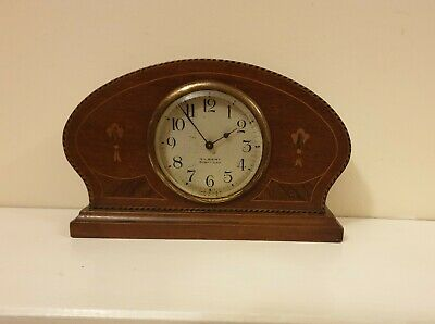 Antique Vintage Gilbert Mantle Shelf Clock 8 day made in USA. Working