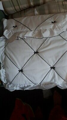 White pram quilt and pillowcase Brand new in packet