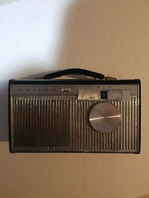 Vintage Philco Radio powered  by batteries Model #T702-124 tested