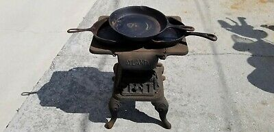 Antique Midget 86 Dove Cast Iron Stove /  Atlanta Stove Works , Good Condition!!
