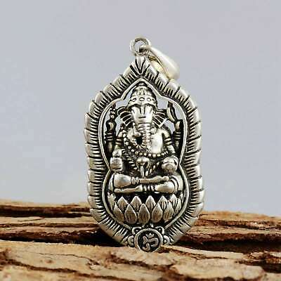 Collect China Old Miao Silver Carved India God Exorcism Bring Good Luck Pendant