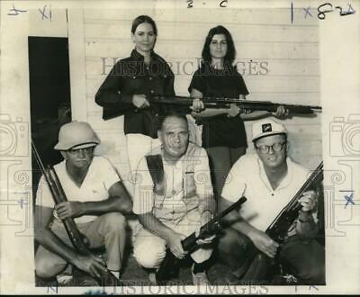 1970 Press Photo Emile Vacant with fellow outstanding skeet gun shooters