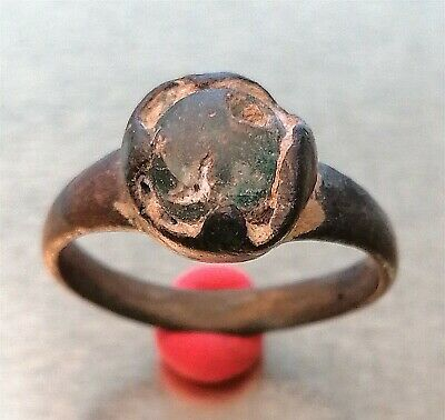 Scarce ANCIENT ANTIQUE ROMAN Silver Ring with green Stone