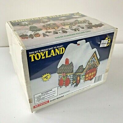 NEW Wee Crafts TOYLAND Christmas Village ACCENT UNLMTD Kit 21574 FACTORY SEALED