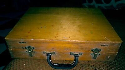 Vintage Well Used Wooden Artist Painters Box Jointed Dovetail Case with Palette