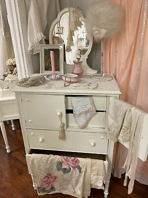 Shabby Chic and Charming Chest with Mirror Distressed