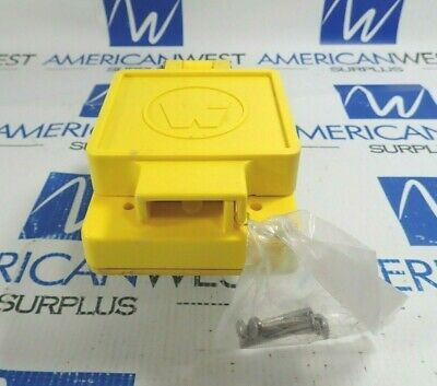 Daniel Woodhead 69W47 Watertite Flip Lid Turnex Female Receptacle 30A 125V *New*