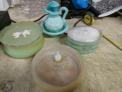 Vintage AVON RAPTURE BEAUTY DUST Plastic POWDER CONTAINER & others