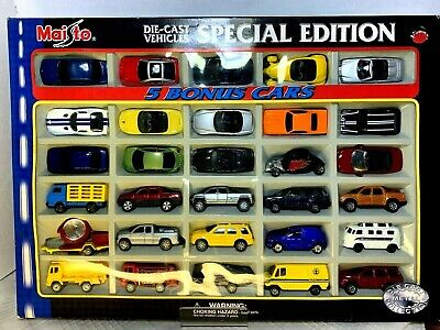 2001  Maisto  '30 Die-Cast Vehicles - Special Edition'  scale 1:64