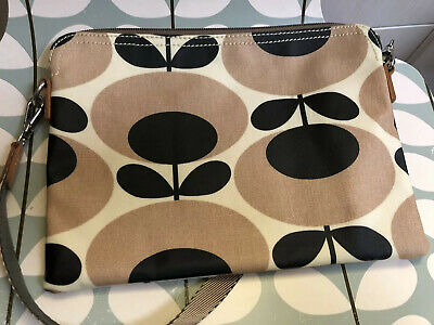 Fabulous Orla Kiely Oval Flower Travel Pouch