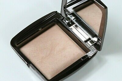 Hourglass Ambient Lighting Powder In Lradiant Light Swatched Once W/O Box!