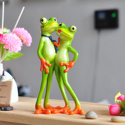 Wondrous Cute Couple Frogs On Wood Figurine Statue Garden Decor Home Ocoug Best Dining Table And Chair Ideas Images Ocougorg