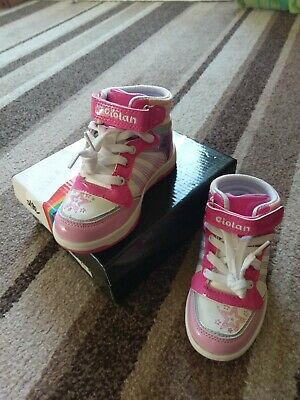 Girl/'s Infant Toddler Squeaky Shoes Hot Pink Brogue Style Real Leather Trainer