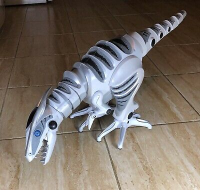 "WowWee 32"" RoboRaptor X Robot Dinosaur with Remote Control Works Great"