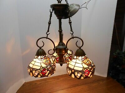 Beautiful TIFFANY Style Hanging CHANDELIER 3 Light Stained Glass Globes