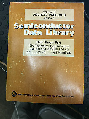Motorola Data Book SEMICONDUCTOR DATA LIBRARY Volume 2 Second Edition 1974
