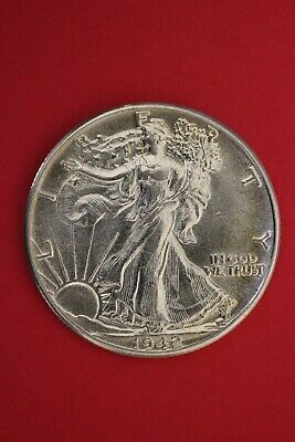 1942 P Walking Liberty Half Dollar Exact Coin Pictured Flat Rate Shipping OCE 22