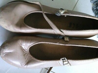 BLOCH TAN LEATHER TAP DANCE SHOES - SIZE 6.5 girls