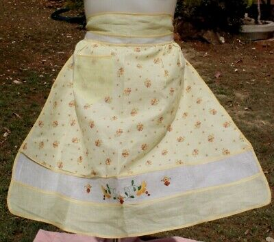 Vintage Half Apron, Stylish,  panels, with hand embroidery on Front Neat, Pocket
