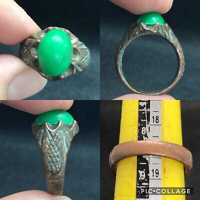 wonderful unique post medieval old green nefrite stone ring