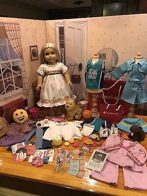 American Girl Julie/'s Daisy Vanity Set COMPLETE  Lights Up RARE TO FIND RETIRED
