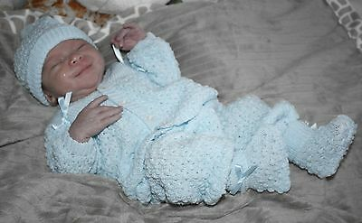 TOO CUTE Knit Baby Doll Outfit For Reborn Infant Newborn BLUE