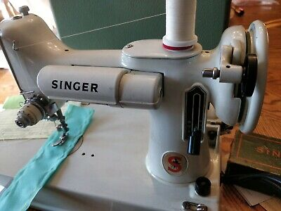 Vintage 1964 Singer 221K White Featherweight Sewing Machine w/Case Manual Parts