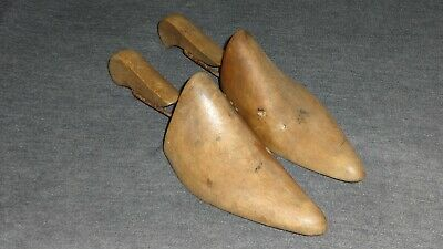 Genuine Vintage Women's Wooden Shoe Lasts Hinged Stretchers Size 3 - Collectable